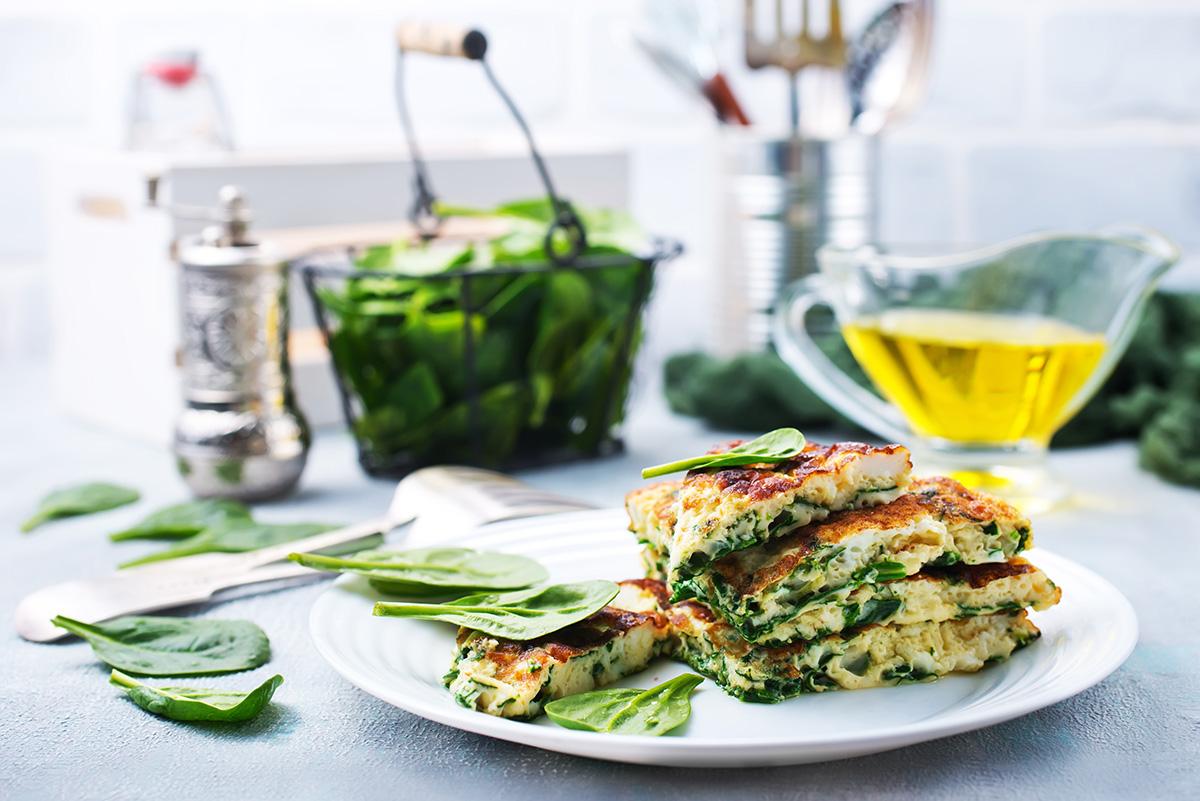 Omelett med ost, lax & pepparrot
